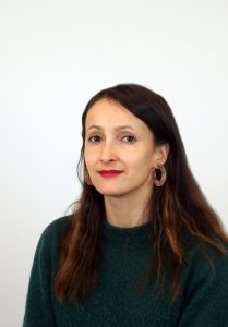 Elina Naamanka